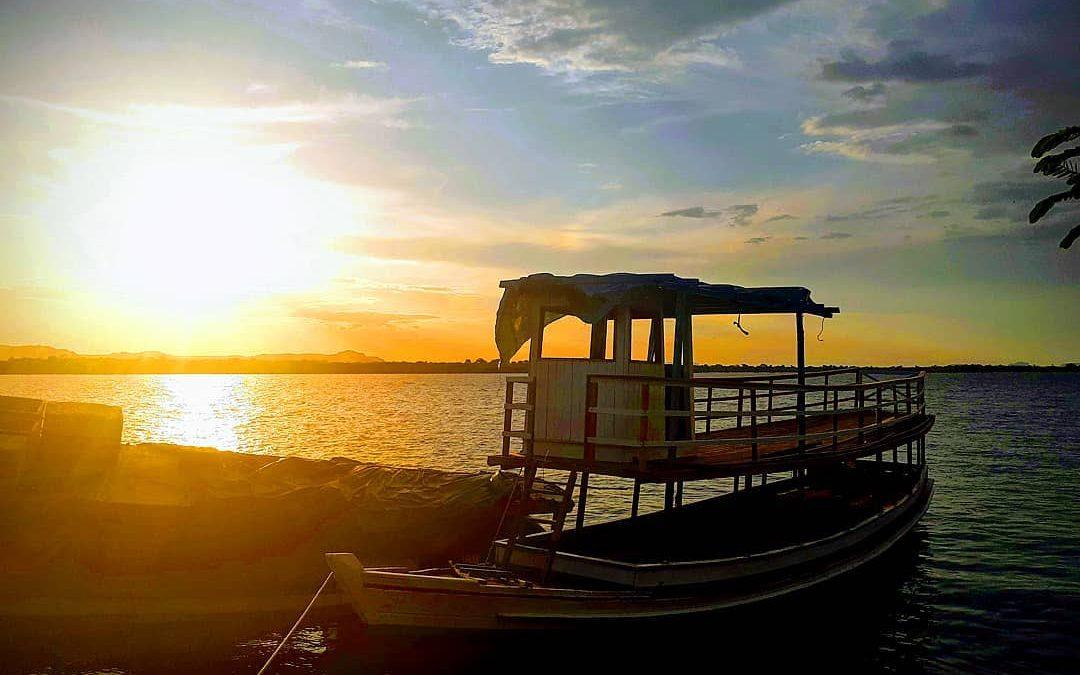 Imperdível, Passeio de Barco no Rio Tocantins